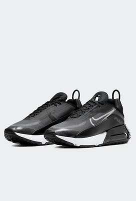 Nike Air Max 2090 negro     SKU: CW7306-001