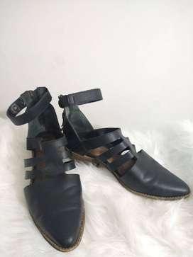 Zapatos botines negros, talla 37