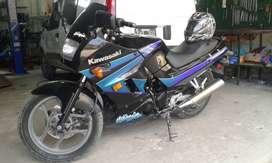 Kawasaki  ninja 250  segundo  dueño sin detalles
