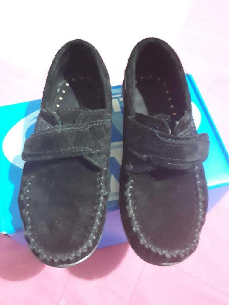 Vendo Zapatos de Gamuza 0