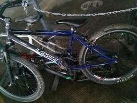 Bicicleta Logic