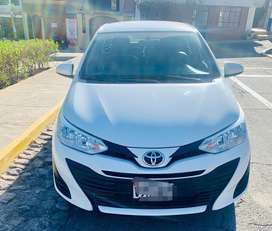 Toyota yaris full 2018