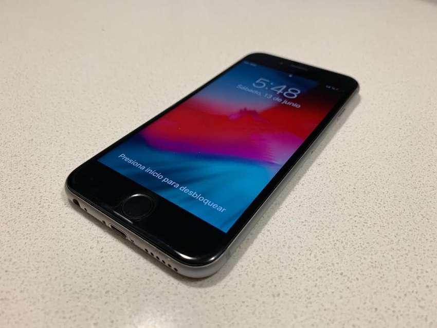 Iphone 6s 64gb plateado 0