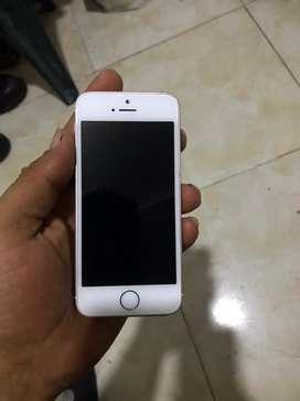 Vendo iphone SE 64gb lindo