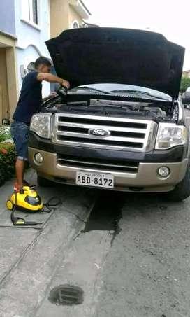 Limpieza de interior de vehiculos y motores