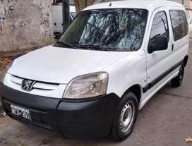 Vendo o Permuto Peugeot Partner 2013