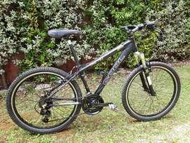 "Mountain Bike COOL THS 782   Bicicleta Rodado 26"" Color Negro   MTB Usada Aluminio. Equipamiento ShimanoShimano"