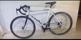 Bicicleta de ruta en aluminio Negociable