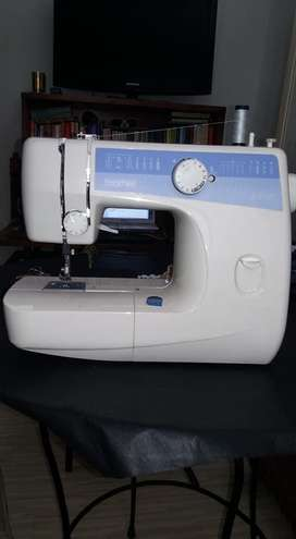 VENDO MAQUINA DE COSER, BROTHER, JAPAN.