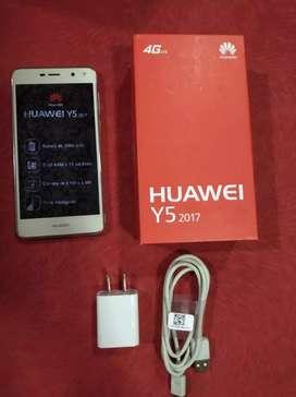 Vendo celular Huawei en buen estado