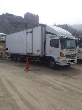 Se vende camion hino 500