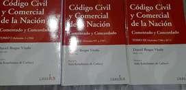 Tres tomos codigo civil y comercial comentado de vitolo