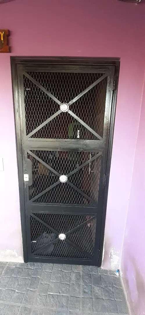 Puerta reja 0