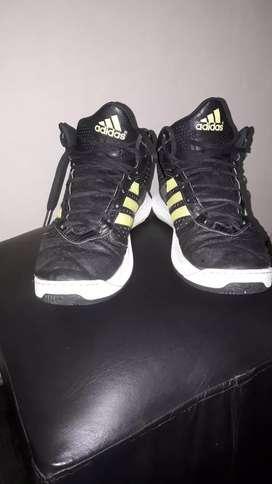 Botas Adidas basket
