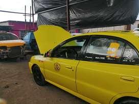 Vendo taxi con puesto todo legal