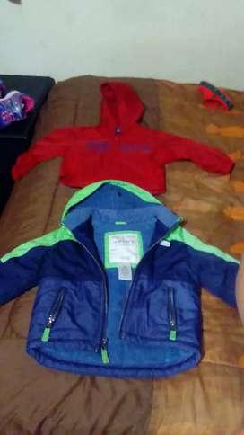 Vendo ropa de niño poco uso talla de 6 asta 24 meses de marca