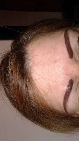 maquillaje permanente .tatuajes y body piercing