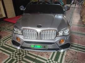 Auto Camioneta a Batería Modelo BMW