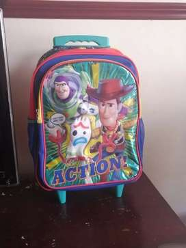 Vendo bolso nuevo para niño