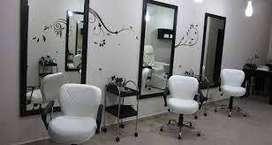 Se Vende  o permuta negocio  salón de belleza