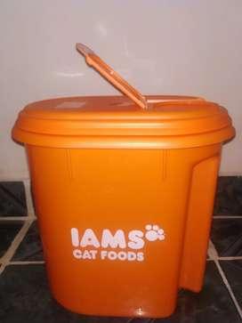 Contenedor de alimento IAMS