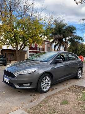 vendo impecable ford focus !!