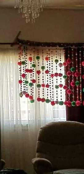 Vendo o permuto cortina de pompones