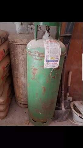 2 Cilindros de gas de 45kg vacios