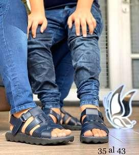 Sandalias de hombre en cuero