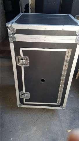 rack  para modulo de sonido
