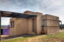 lx08 - Casa para 3 a 5 personas con pileta y cochera en Estancia Vieja