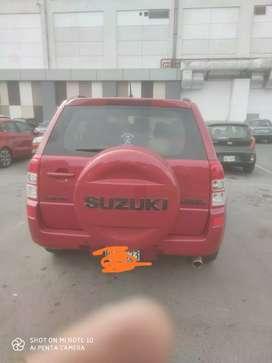 Suzuki grandnomade