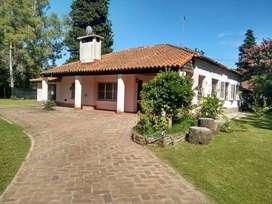 Excelente vivienda con casa caseros Permuta por menor valor