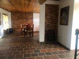 Alquilo hermosa cabaña en chinacota, con piscina, bbq, zona verde, wif