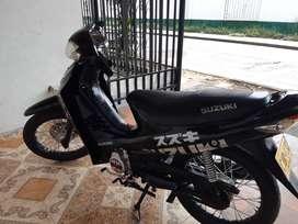 Vendo moto best125...nitida