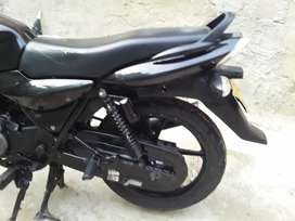 Se vende hermosa moto no le duele nada único dueño lista para traspao