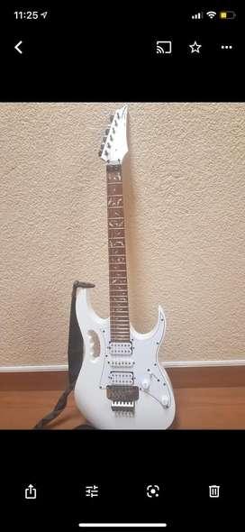 Guitarra ibanez jem jr 1 año de uso estado 10/10