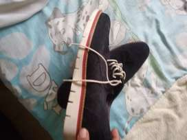 Vendo un par de zapato
