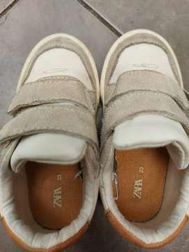Zapatos talla23 marca Zara