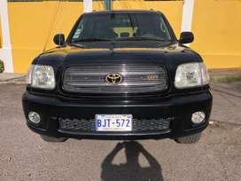 Toyota sequoia 2002 FULL EXTRAS