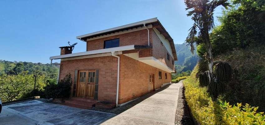 Casa campestre en Venta Las Brisas Sabaneta 0