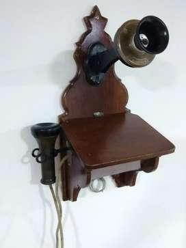 Teléfono antiguisimo