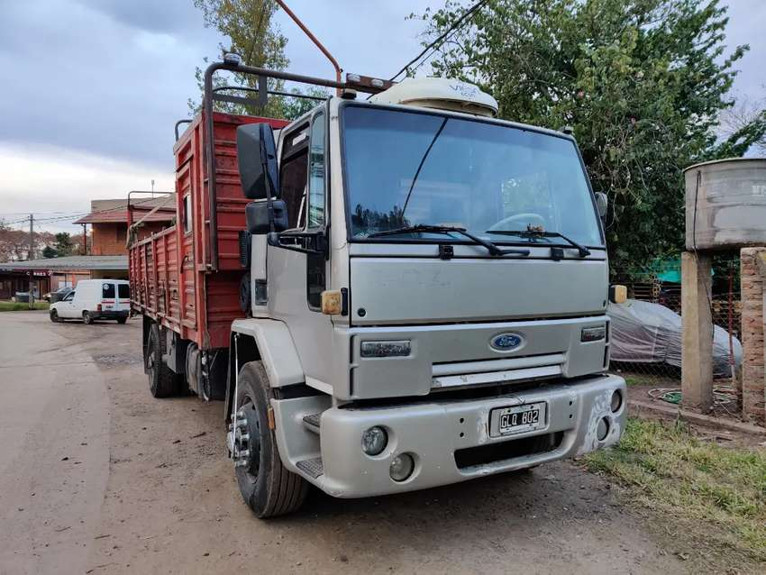 Ford cargo 1832 0