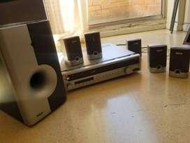 Equipo de sonido+ VHS+  7 parlantes