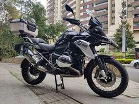 Hermosa BMW R1200GS Triple Black Medellín Venta!! Muy bien cuidada. Keyless - Encendido sin llave.