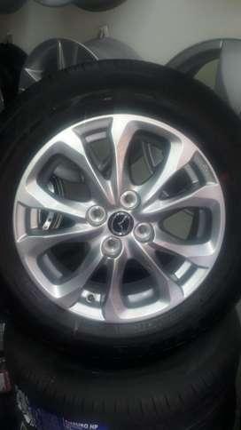 Rines Y Llantas 15 Mazda 2