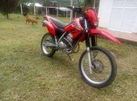 Moto Honda XR250 CC Modelo 2008