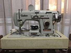 Maquina de coser Godeco