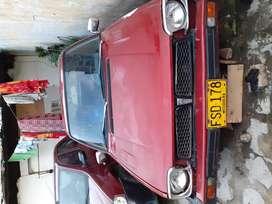 Se vende  carro Honda civic automatico modelo 1980 precio million tres