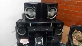 Equipo de sonido Panasonic de 6 parlantes